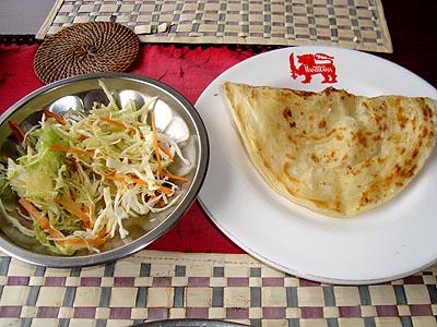野菜カレー、サラダ