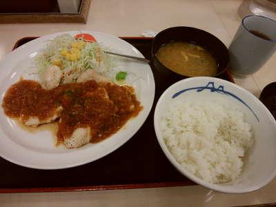 松屋:鶏ささみステーキ定食(ライス小)